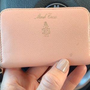 Mark Cross zippy Wallet